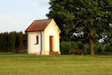 14-Nothelfer-Kapelle, Nähe der Waldsportanlage