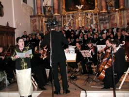 Kirchenchor und -Orchester