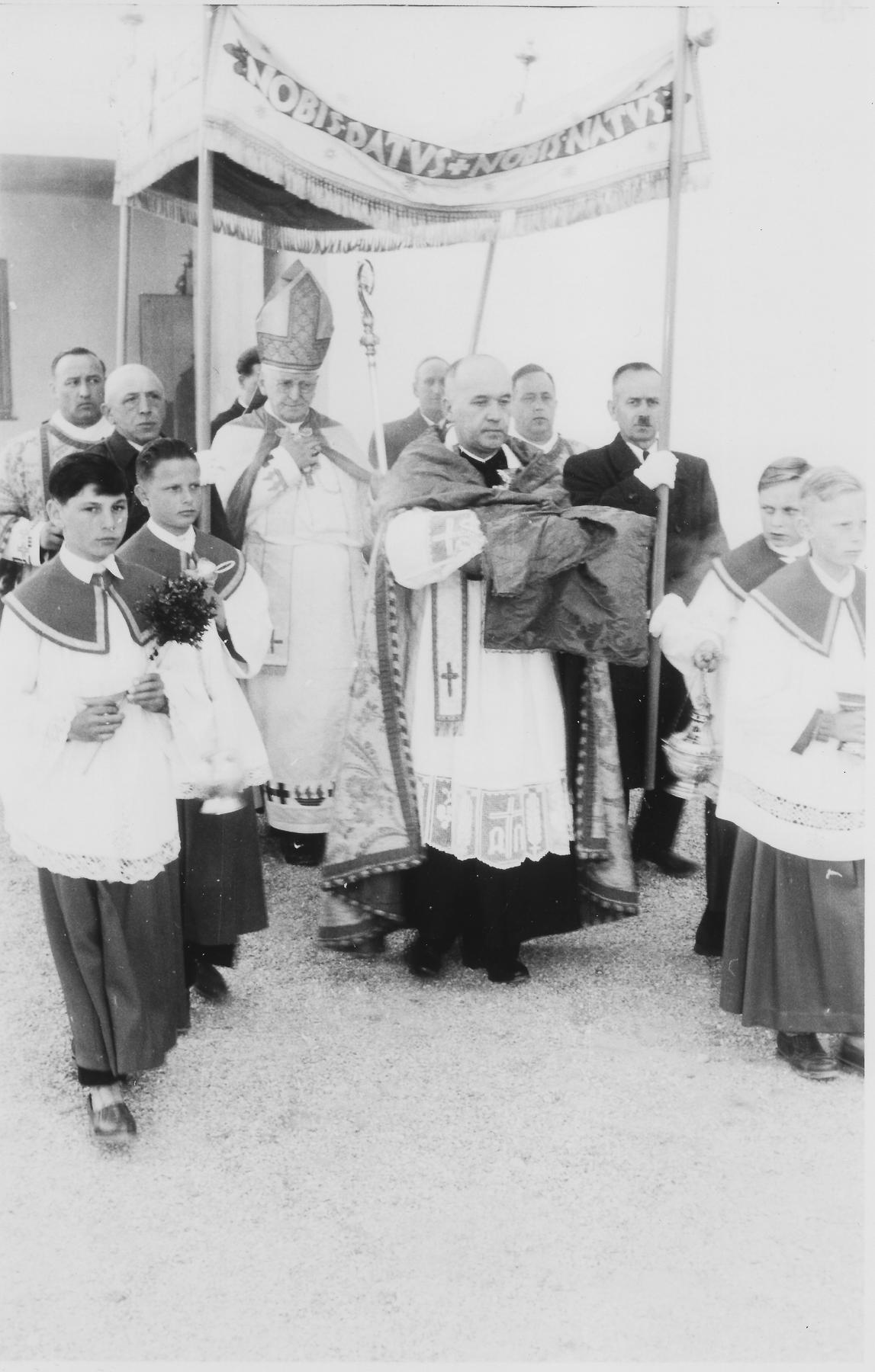 1957_27_04_Weihe_HJK_Dr. Joseph_Freundorfer
