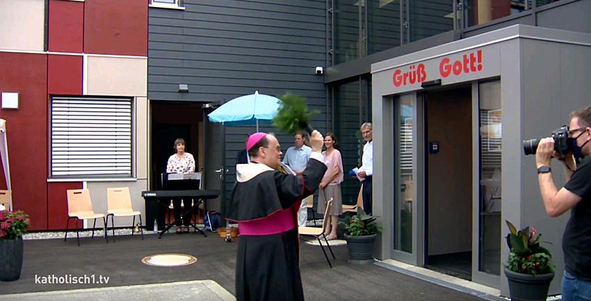 Boxbild Caritas Segnung