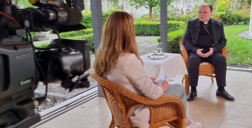 Boxbild Interview 1 Jahr Bischof