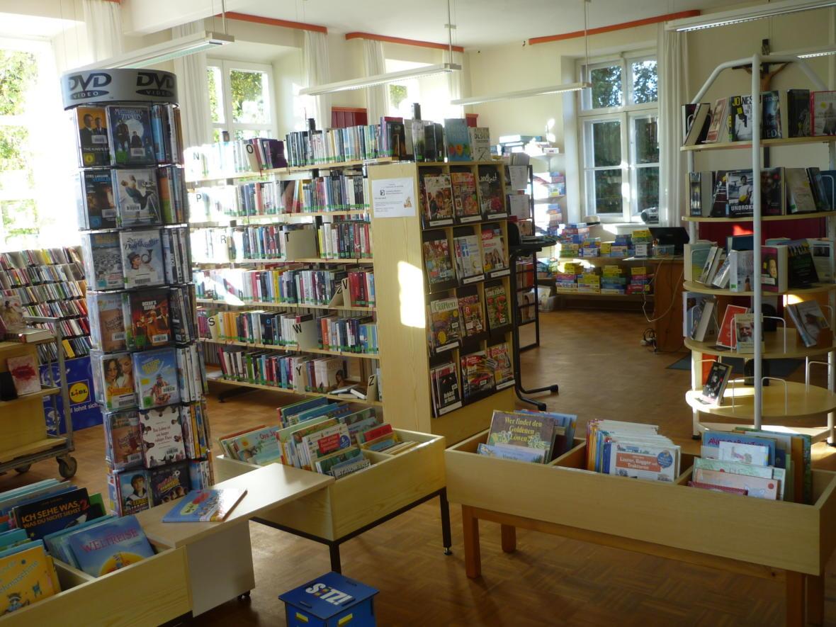 Büchereiraum