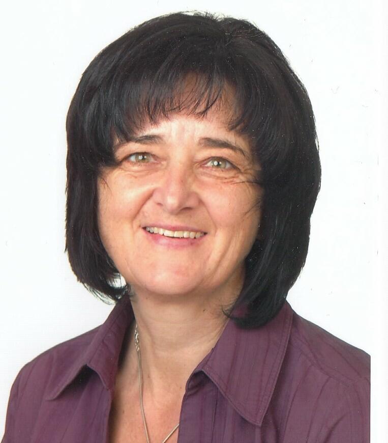 Gaby Schneider B