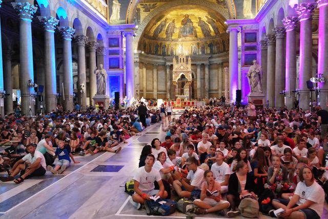 Ministranten aus dem Bistum Augsburg bei der letzten Ministrantenwallfahrt nach Rom. (Archivfoto: Maria Steber)