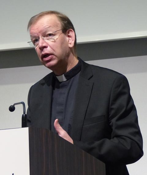 Berichtete vom Einsatz des päpstlichen Hilfswerks missio: Msgr. Wolfgang Huber, München (Foto: Beate Dieterle)