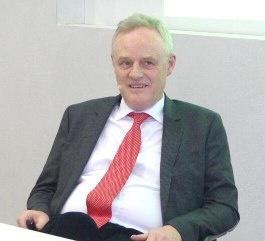 In der Rolle des Zuhörers: Dr. Christian Spaemann (Foto: Beate Dieterle)