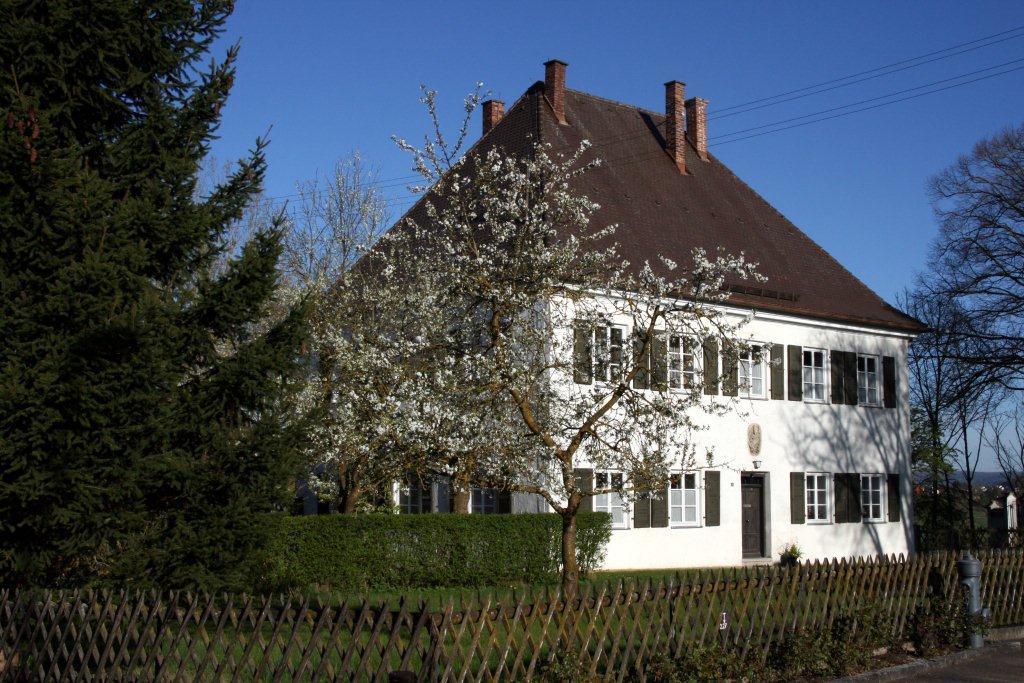 Der Pfarrhof in Ziertheim