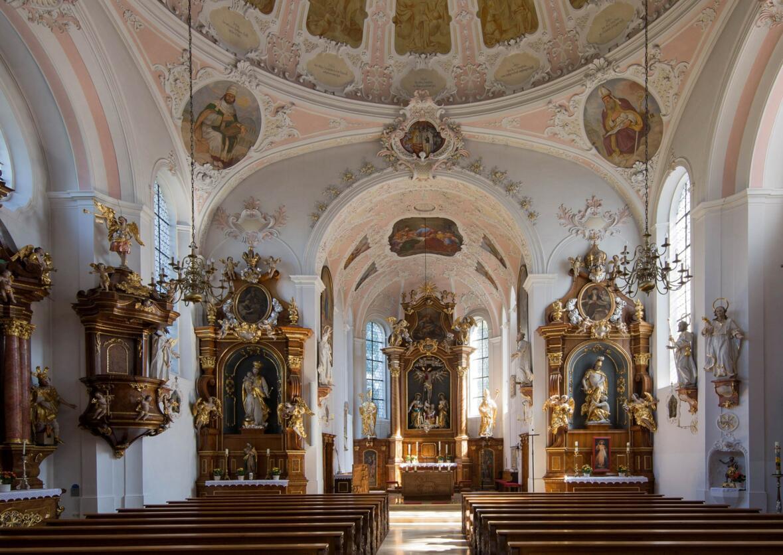 Pfarrkirche St. Martin Innenansicht (Foto J. Reiter)