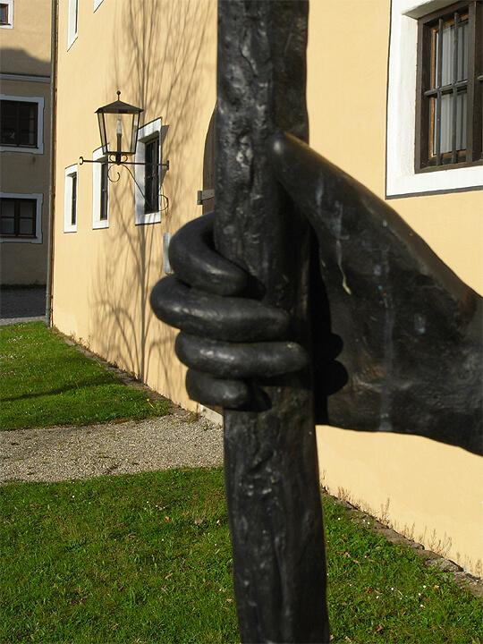 Detail einer Skulptur in Oberschönenfeld