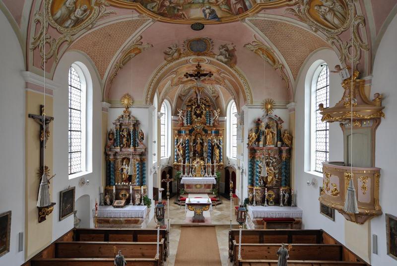 Das Kircheninnere, Blick zum Chor