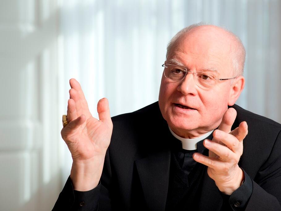 Porträt Bischof Dr. Konrad Zdarsa 2