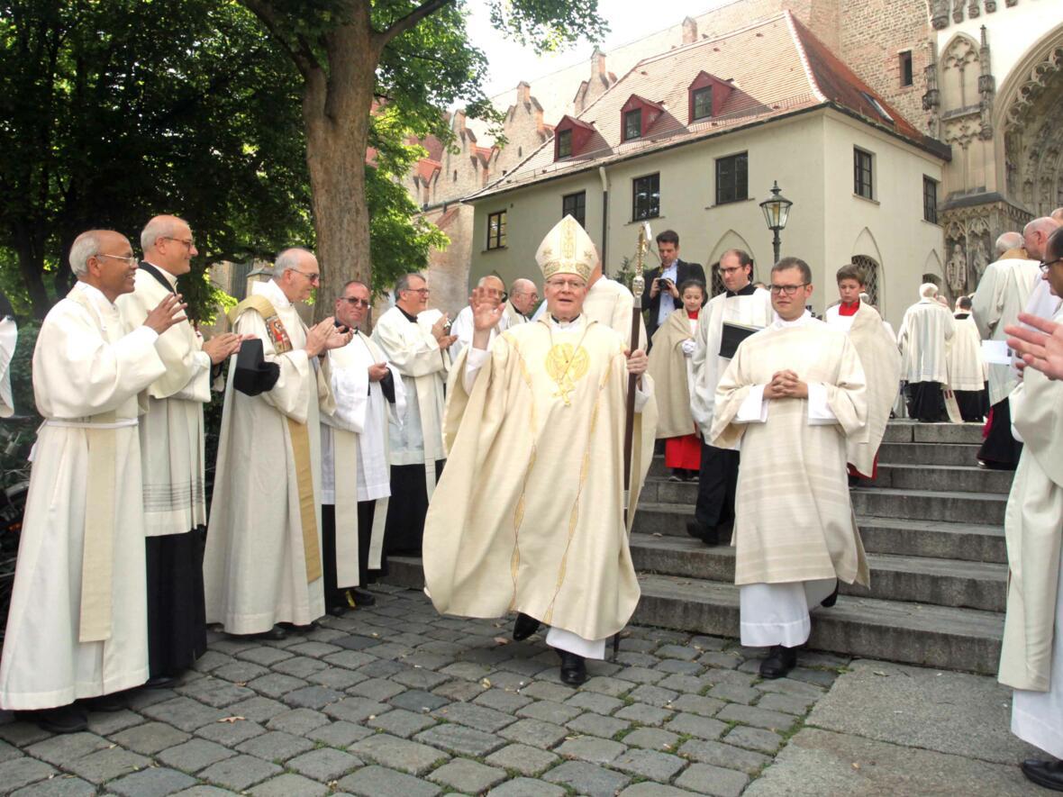 Dankgottesdienst zur Verabschiedung von Bischof Konrad (Foto Annette Zoepf_pba) 17