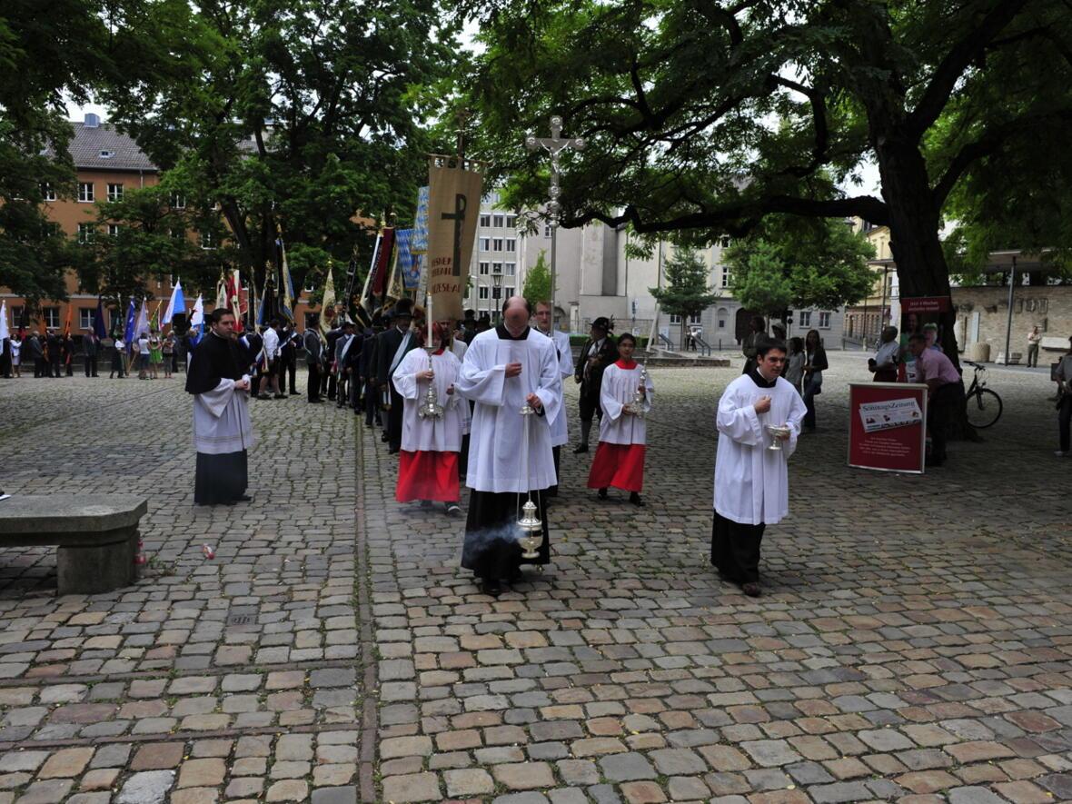 Bischofsweihe_20120728_07-29-18