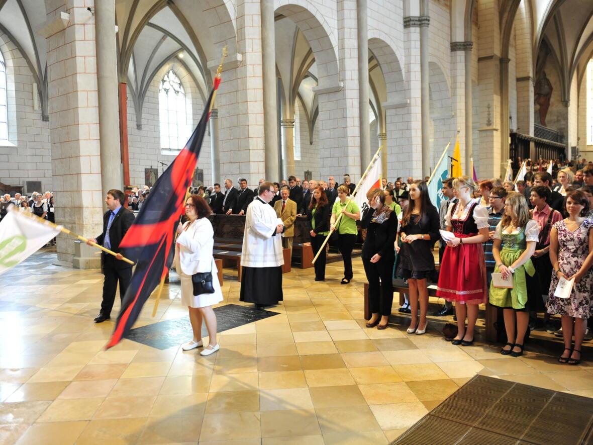 Bischofsweihe_20120728_07-33-31