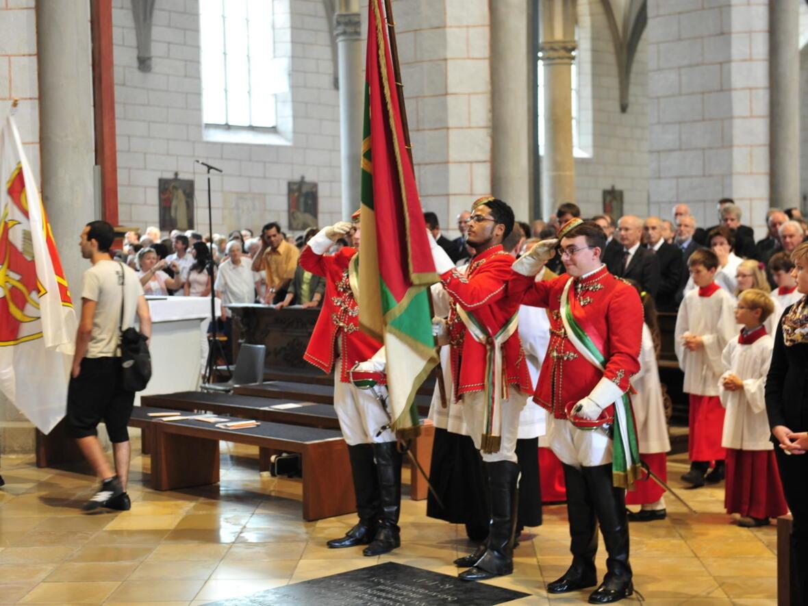 Bischofsweihe_20120728_07-34-11