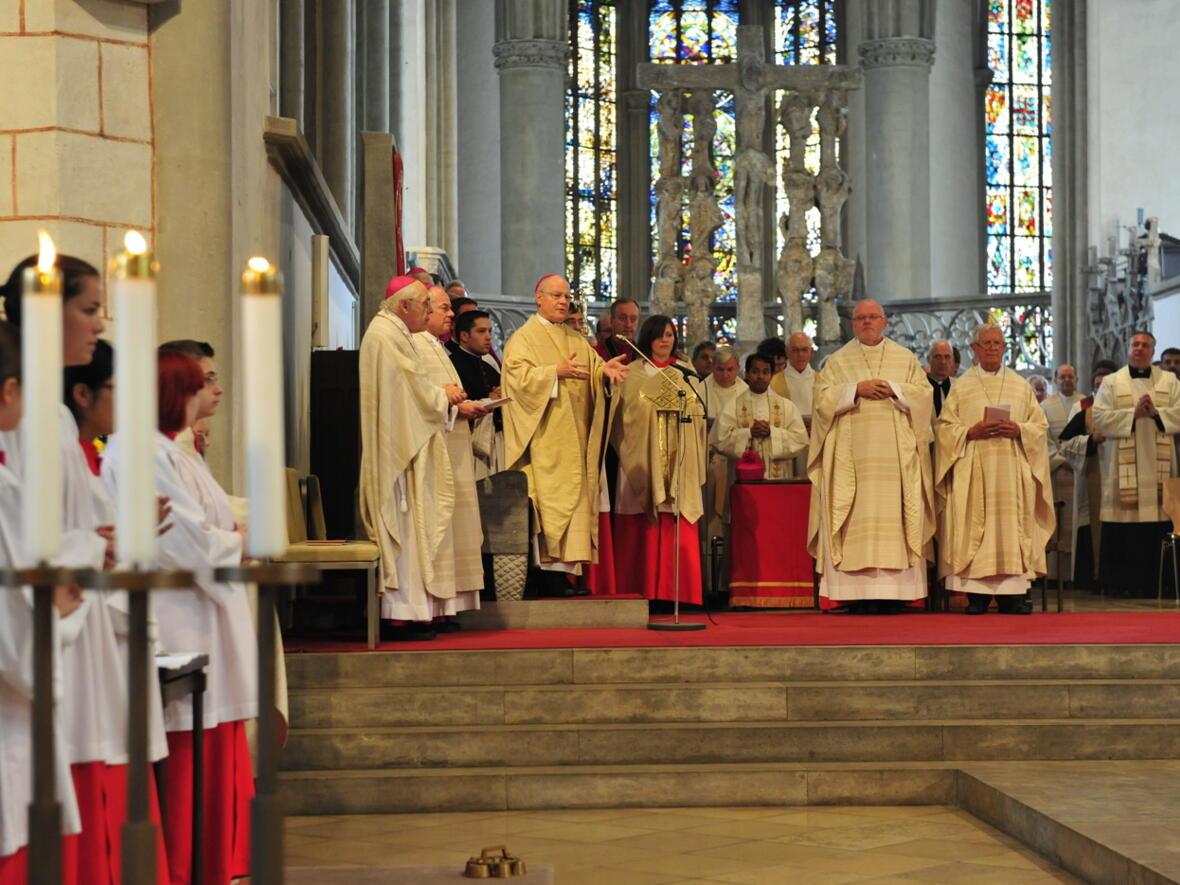 Bischofsweihe_20120728_07-38-32