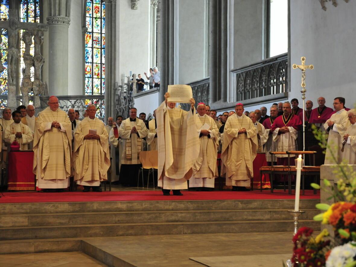 Bischofsweihe_20120728_07-39-57