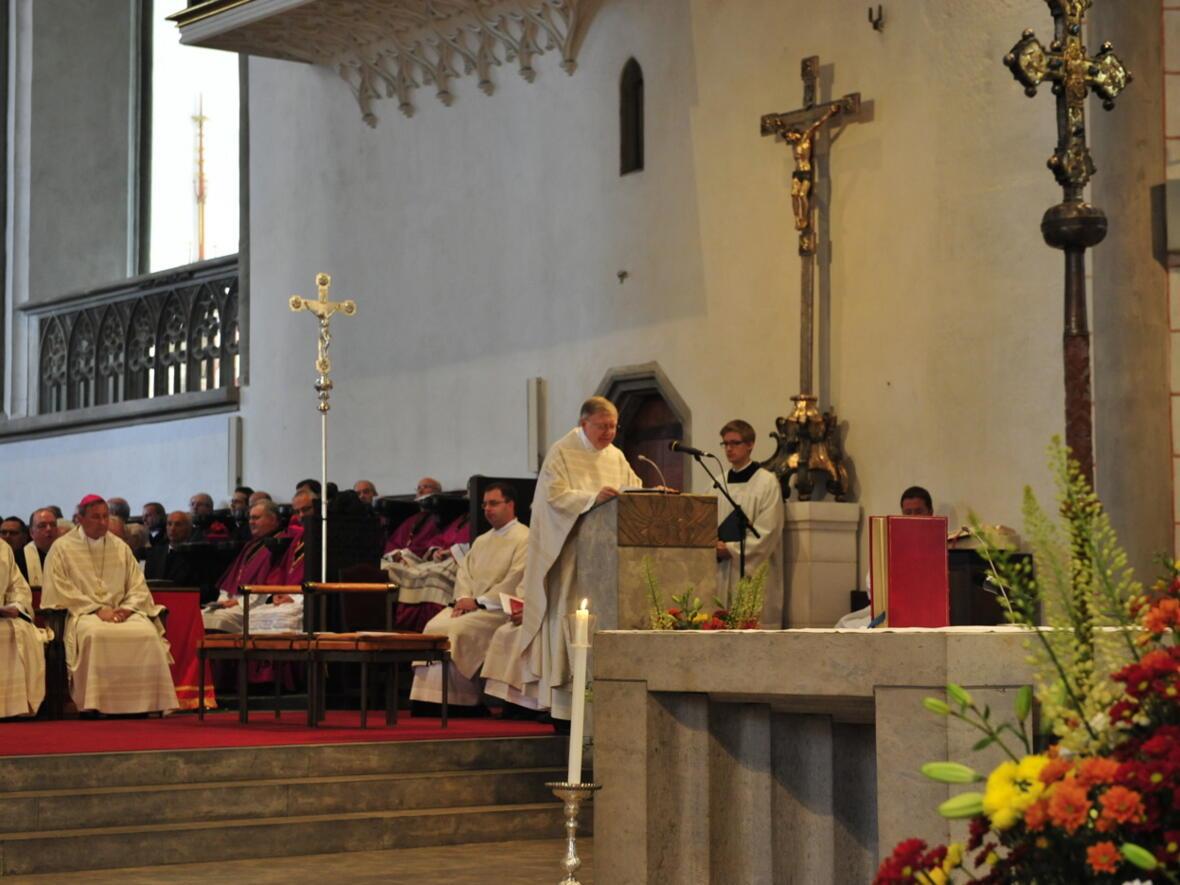 Bischofsweihe_20120728_07-40-23