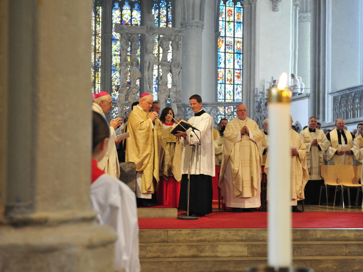 Bischofsweihe_20120728_07-47-38