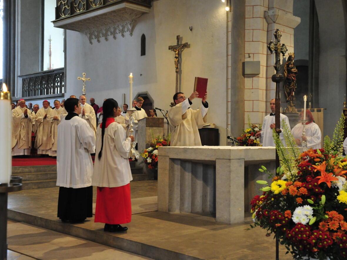 Bischofsweihe_20120728_07-55-56