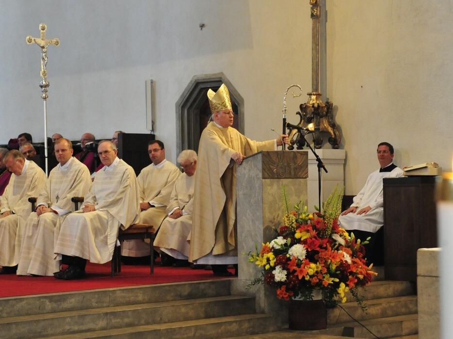 Bischofsweihe_20120728_08-00-29
