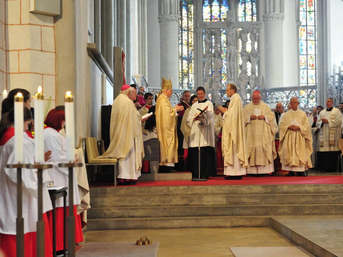 Bischofsweihe_20120728_08-17-35