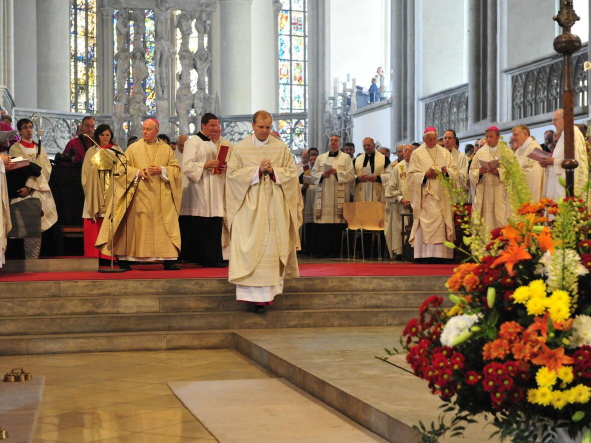 Bischofsweihe_20120728_08-19-57