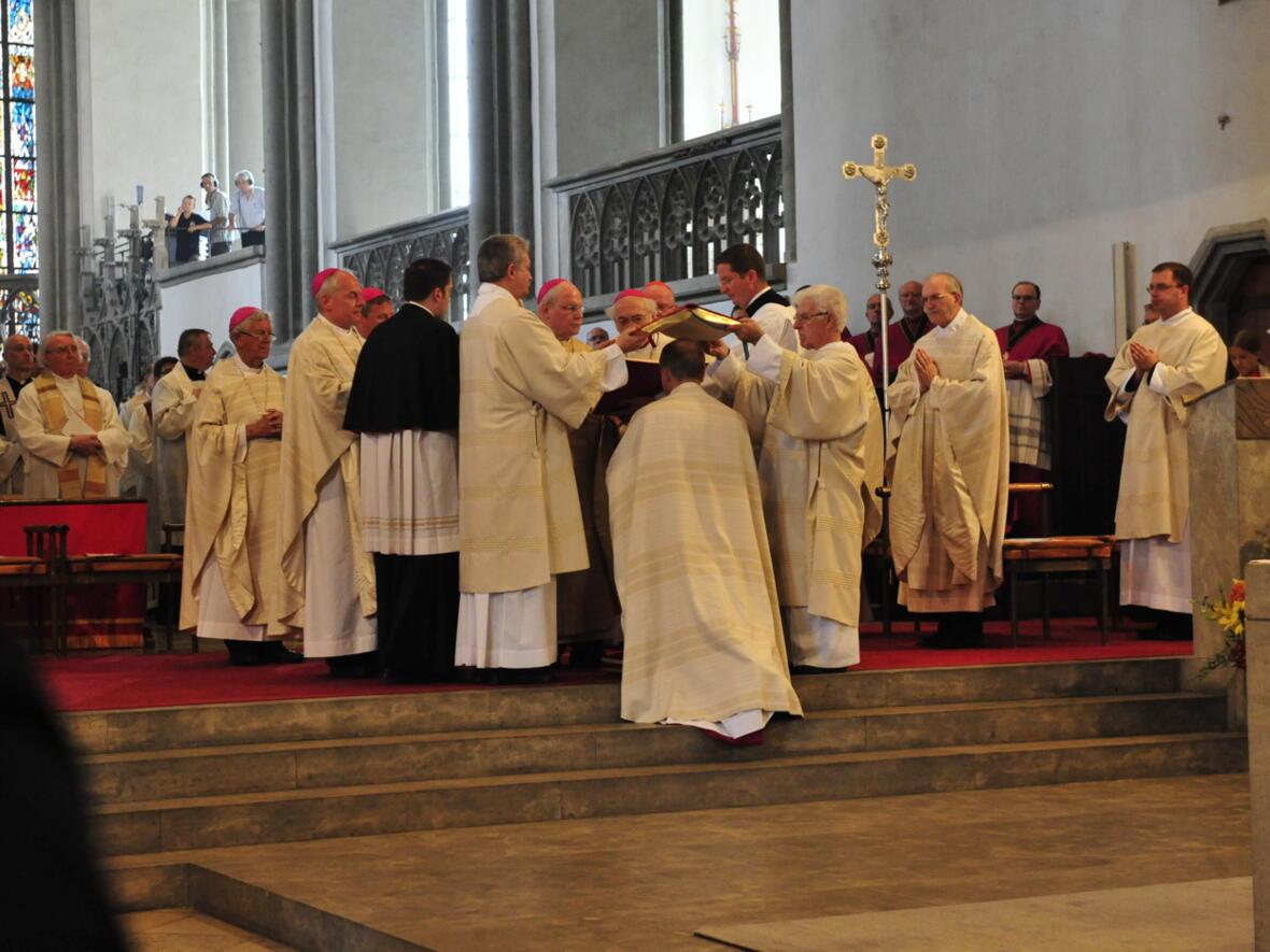 Bischofsweihe_20120728_08-33-16