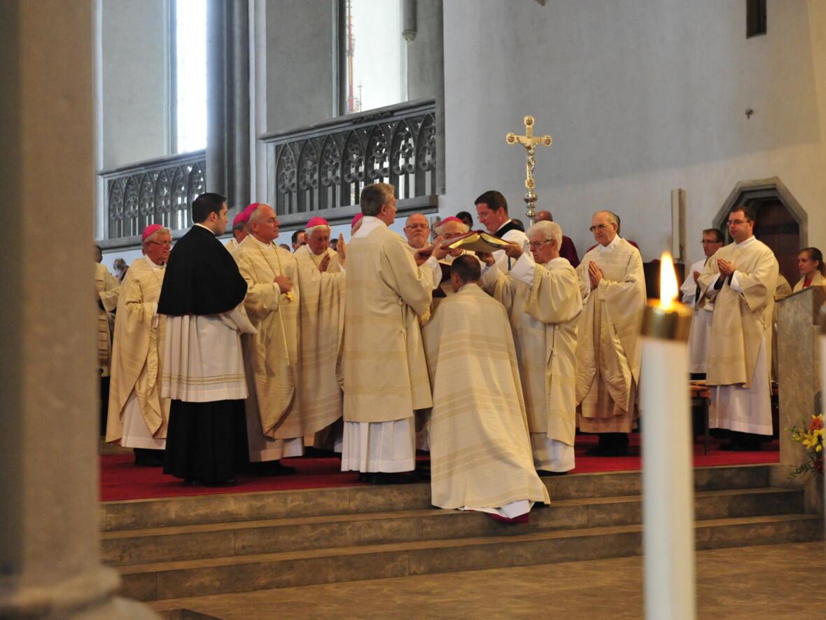 Bischofsweihe_20120728_08-34-16