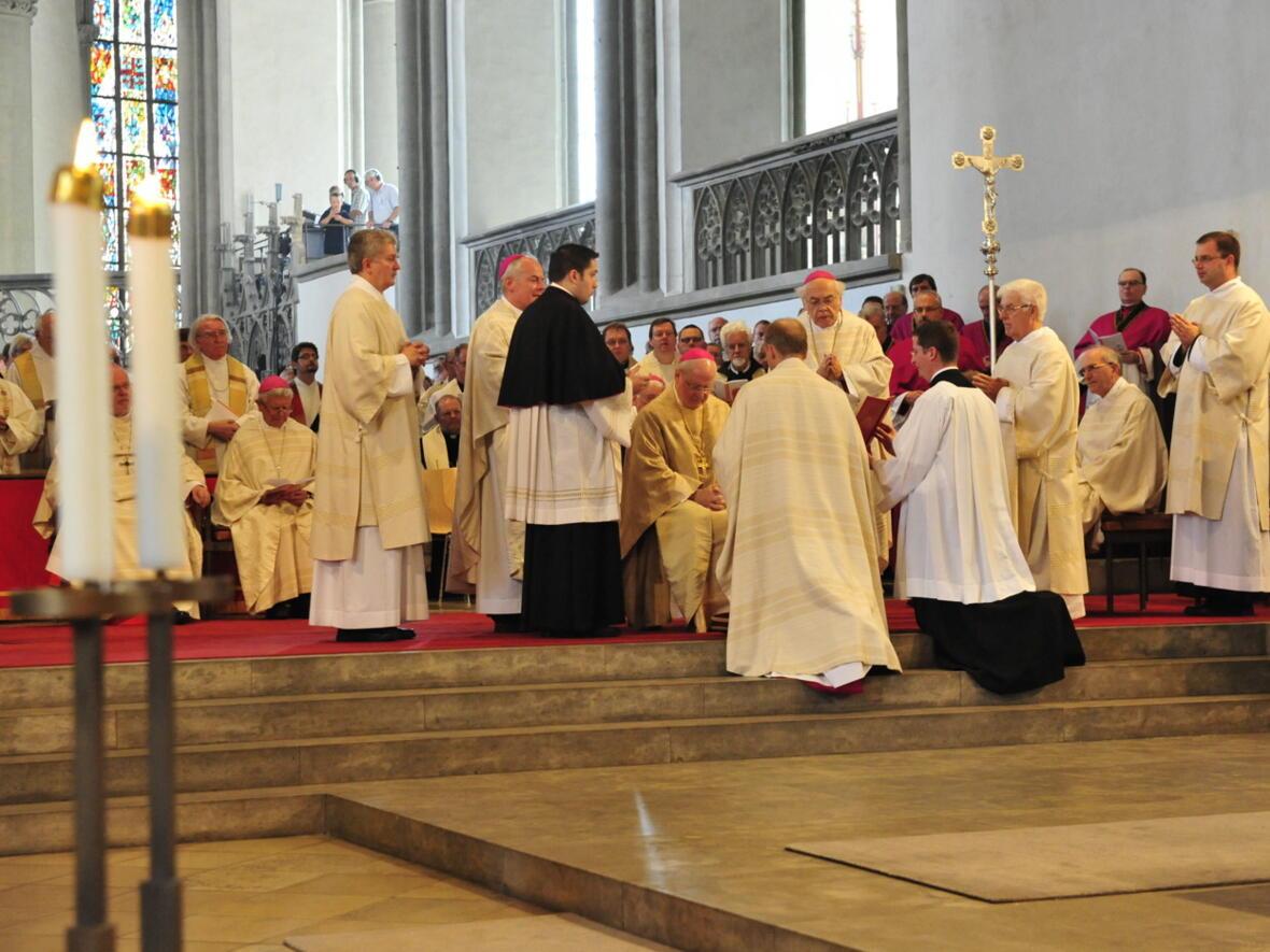 Bischofsweihe_20120728_08-38-22