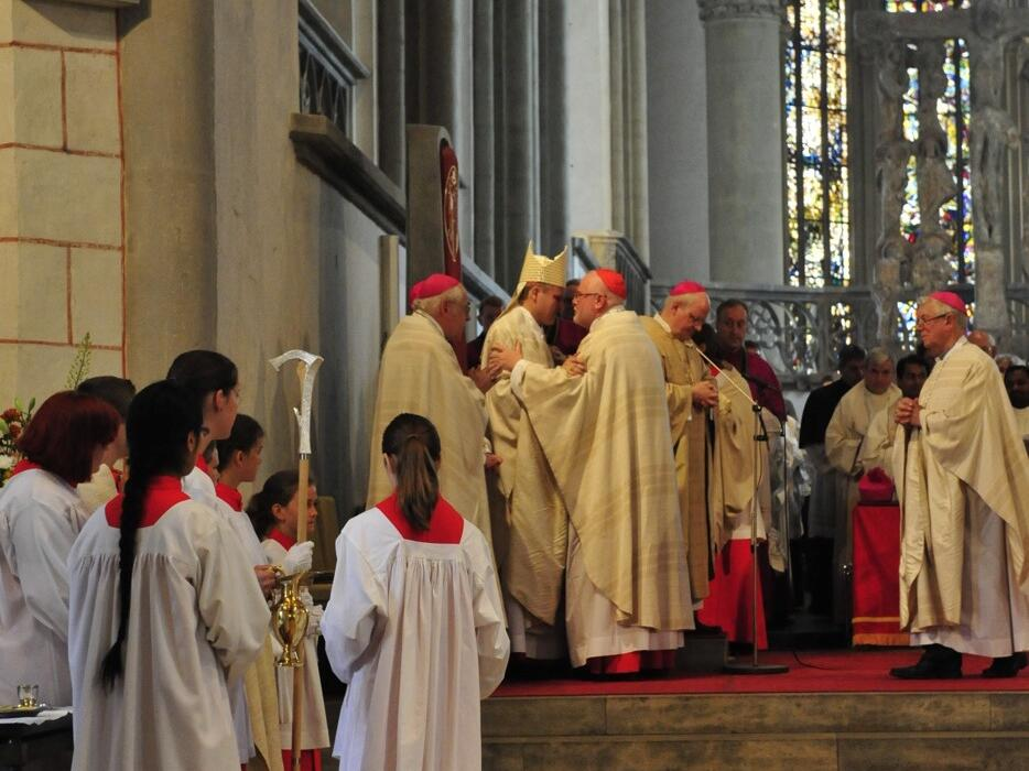 Bischofsweihe_20120728_08-41-16