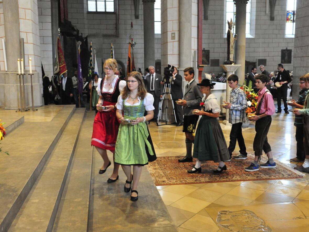 Bischofsweihe_20120728_08-43-40