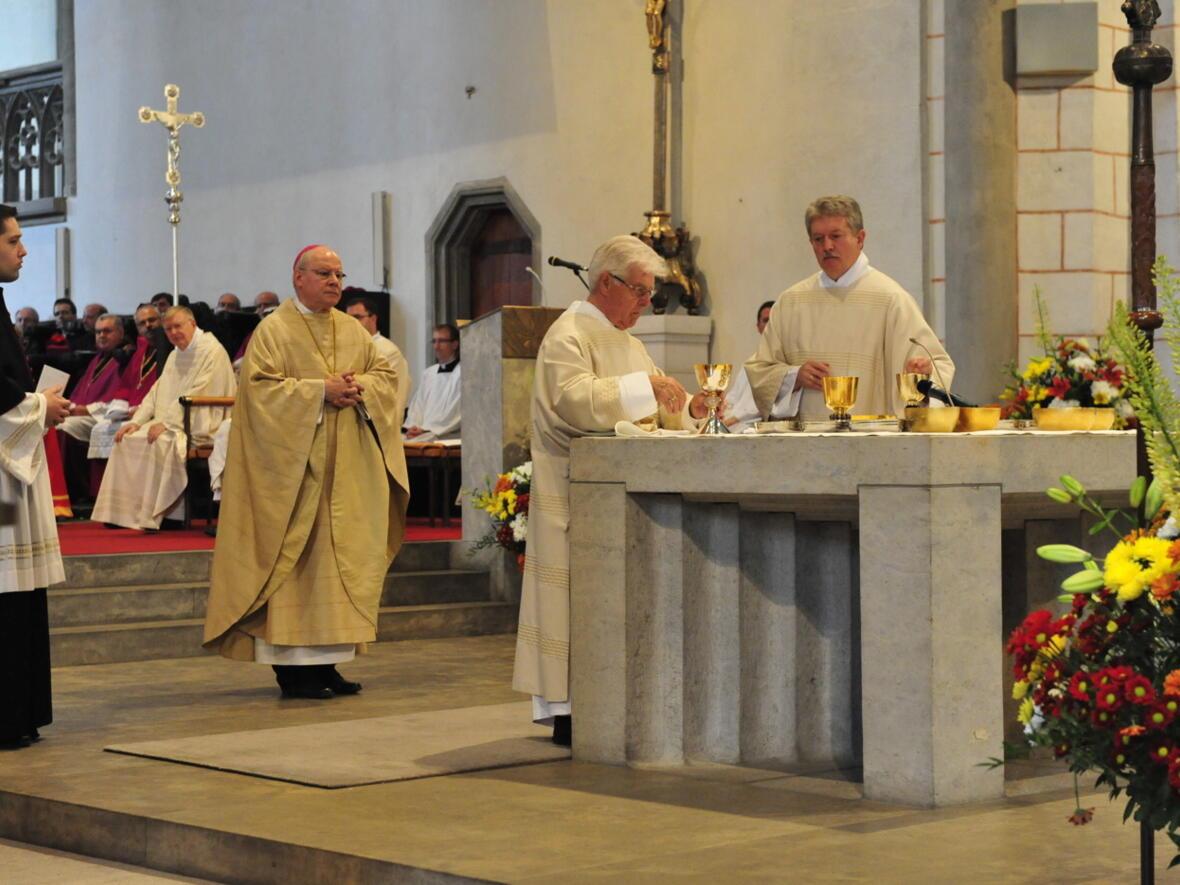 Bischofsweihe_20120728_08-46-29