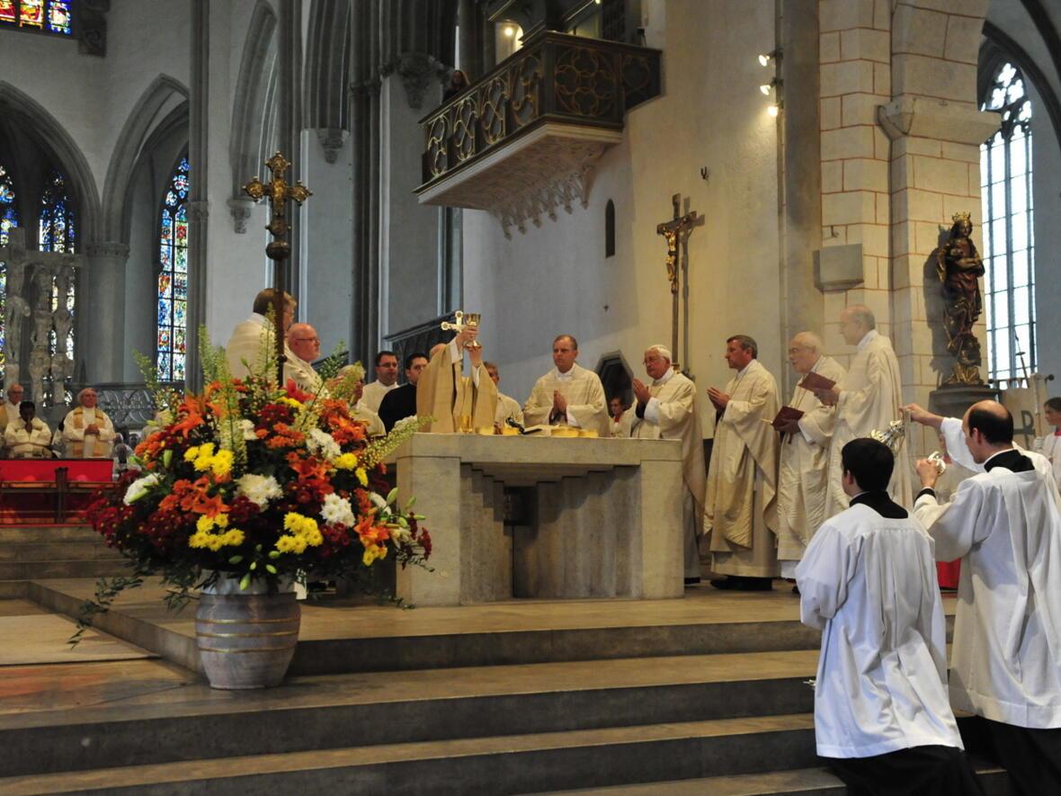 Bischofsweihe_20120728_08-58-12