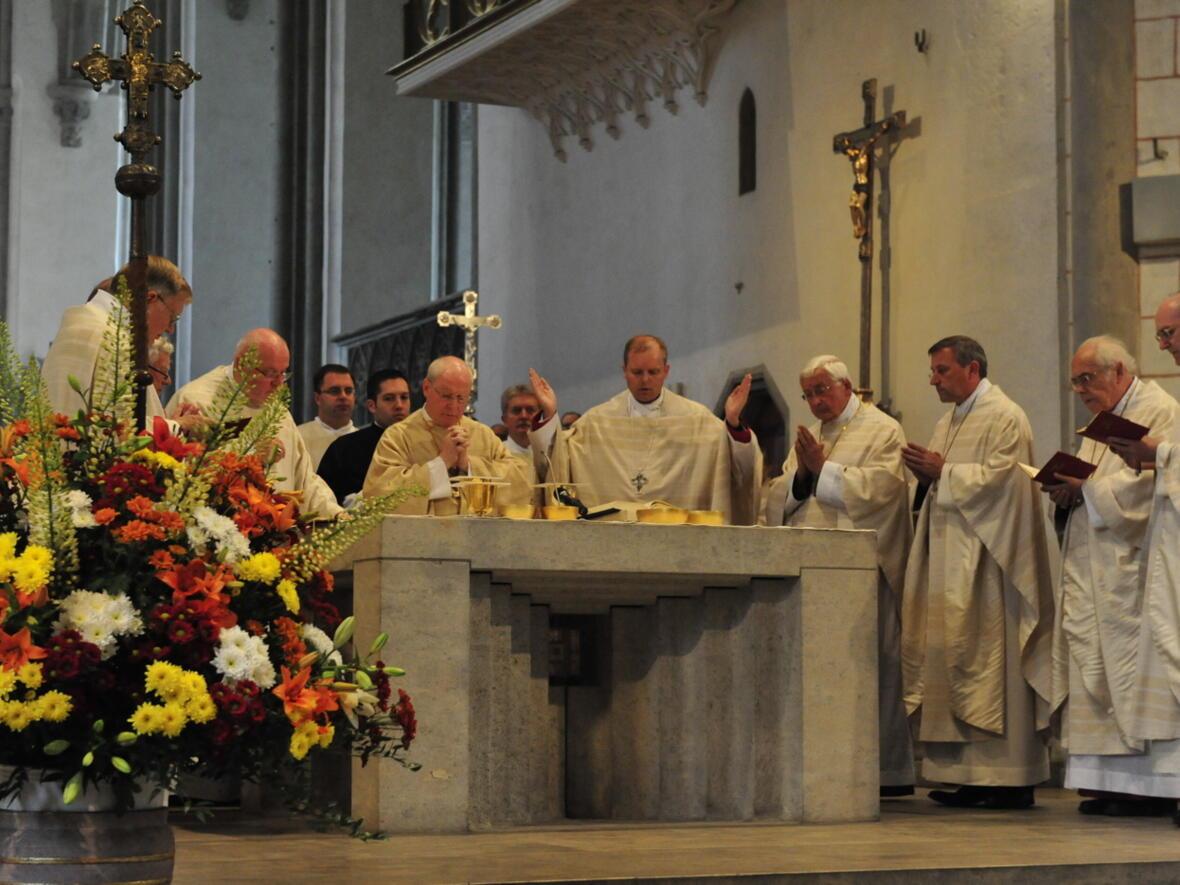 Bischofsweihe_20120728_08-59-28