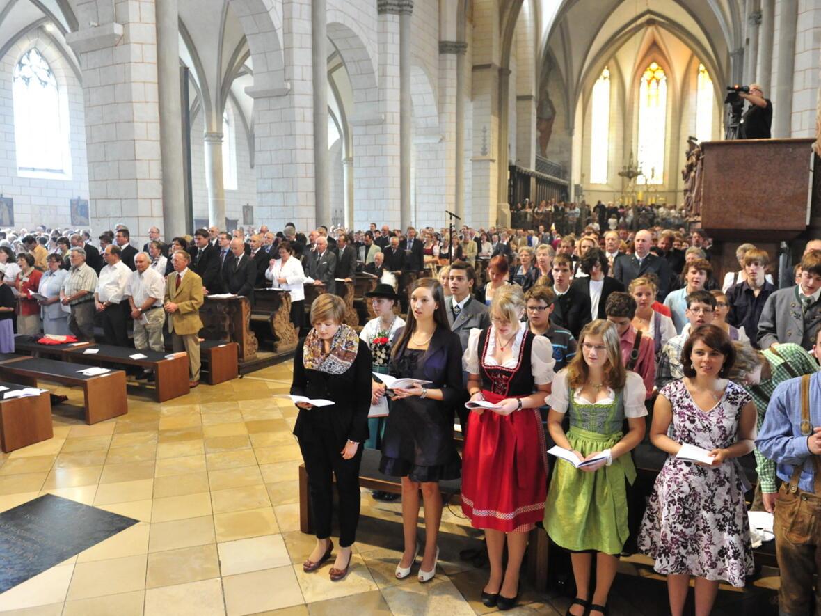 Bischofsweihe_20120728_09-16-57