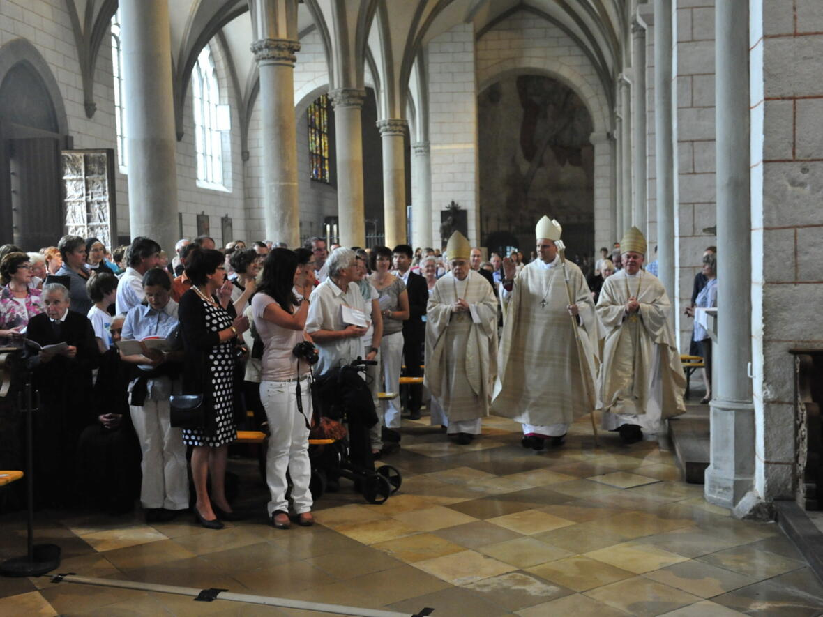 Bischofsweihe_20120728_09-23-40