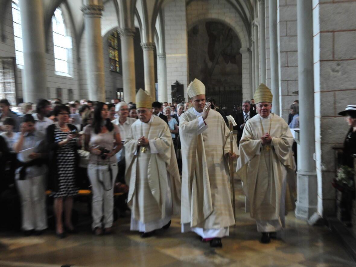 Bischofsweihe_20120728_09-23-43