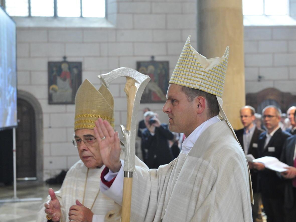 Bischofsweihe_20120728_09-23-59