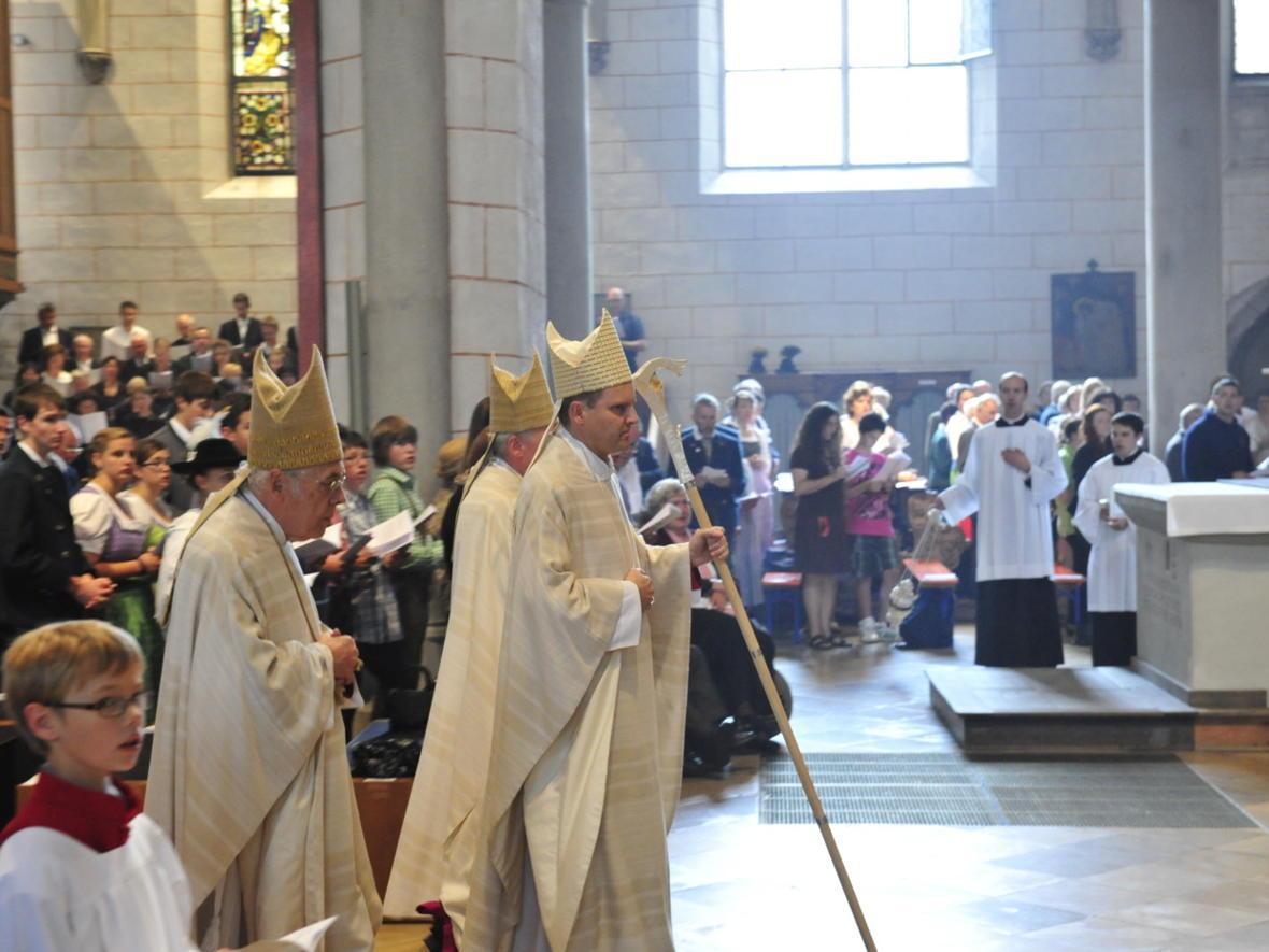 Bischofsweihe_20120728_09-25-31