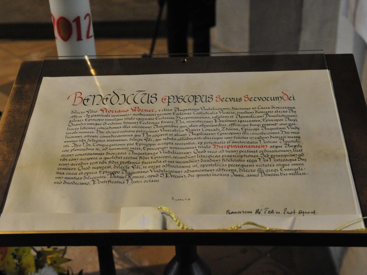 Bischofsweihe_20120728_09-26-05