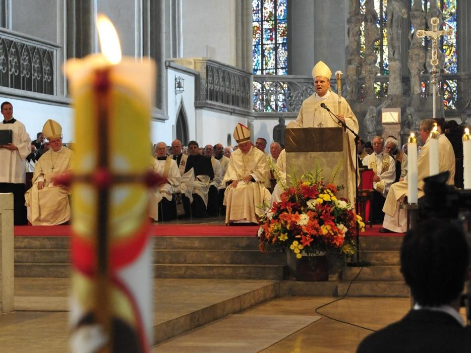 Bischofsweihe_20120728_09-26-31
