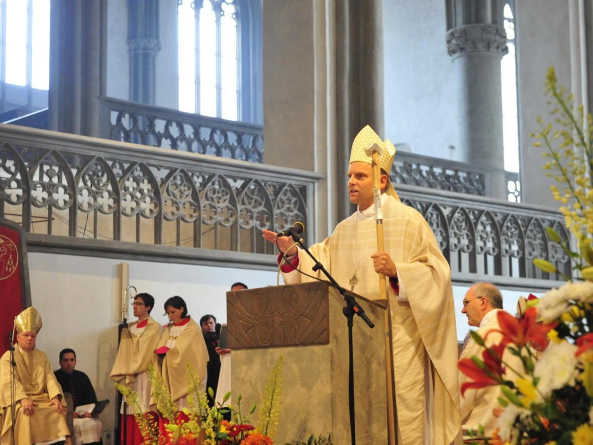 Bischofsweihe_20120728_09-27-10