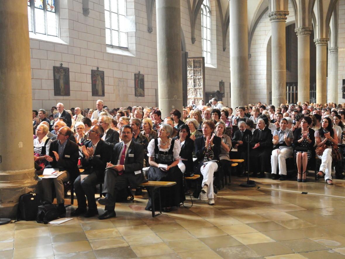 Bischofsweihe_20120728_09-36-59