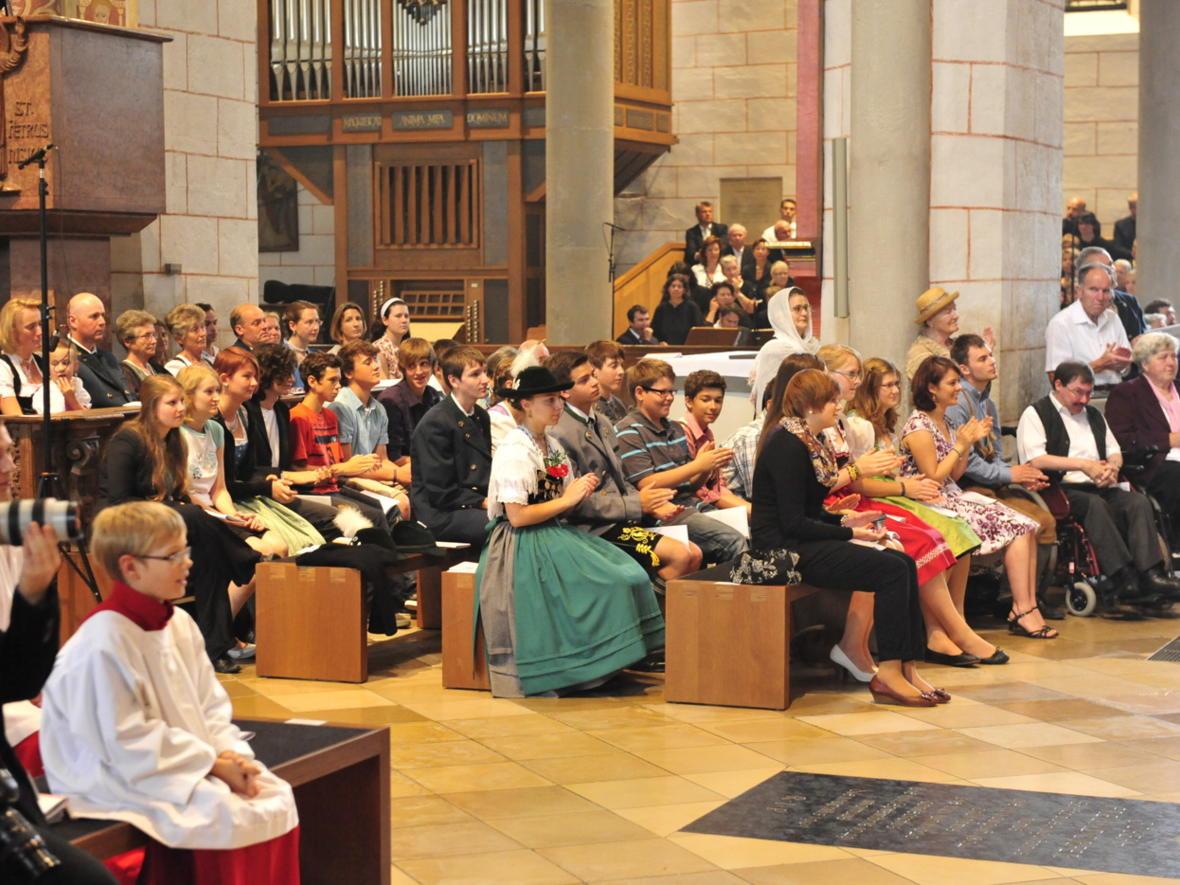 Bischofsweihe_20120728_09-37-08