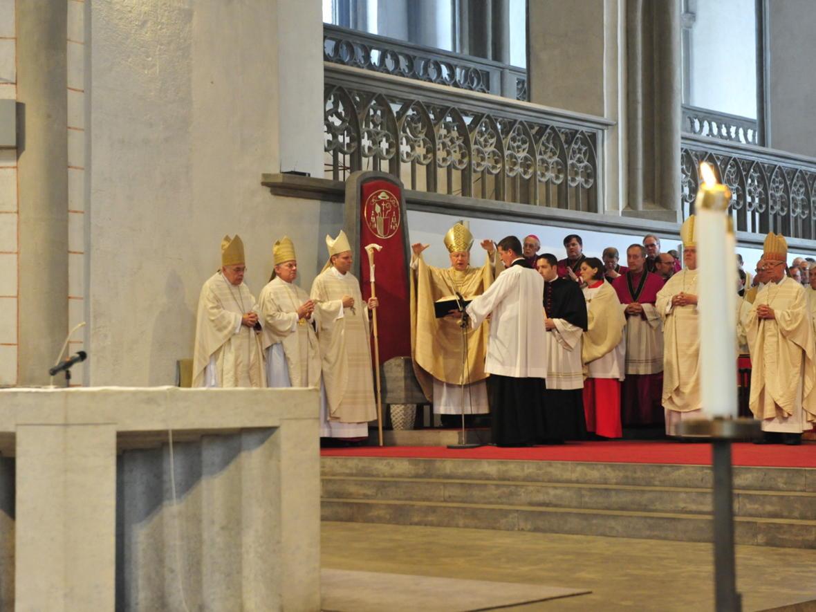 Bischofsweihe_20120728_09-39-08