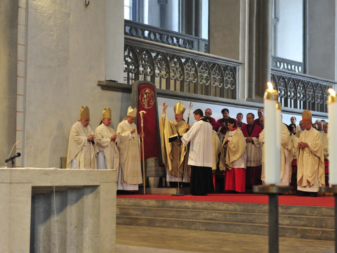 Bischofsweihe_20120728_09-39-58