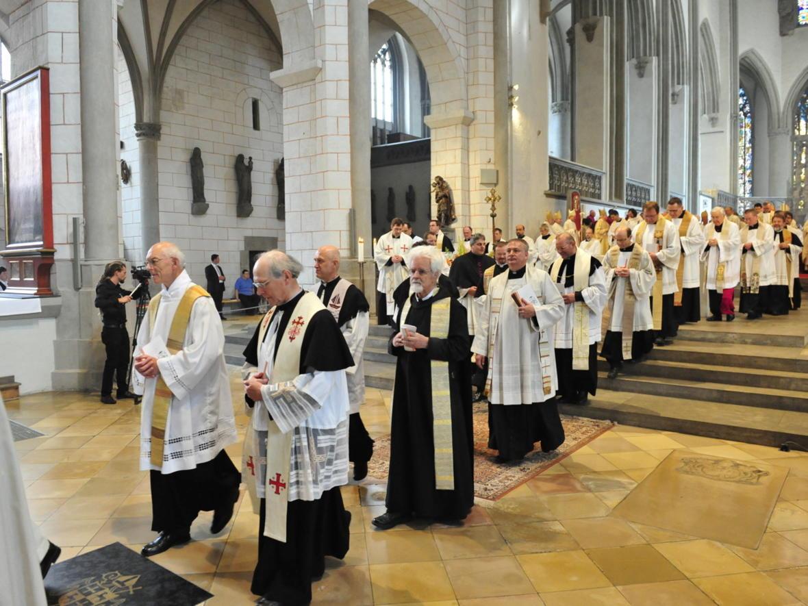 Bischofsweihe_20120728_09-43-36