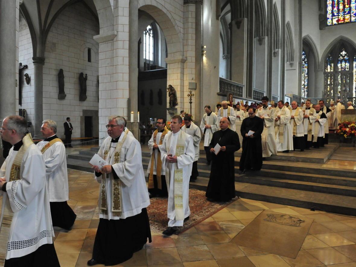Bischofsweihe_20120728_09-44-21
