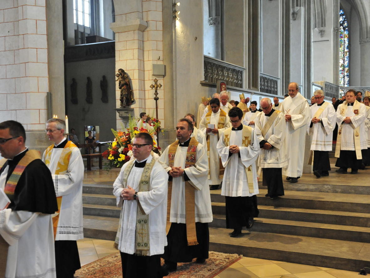 Bischofsweihe_20120728_09-45-26